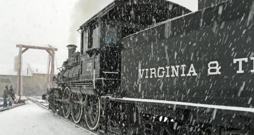 All Aboard the 2016 Santa Train